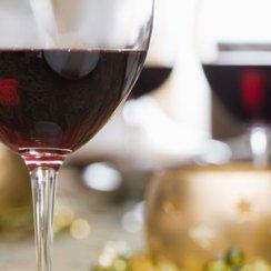 restaurant red wine