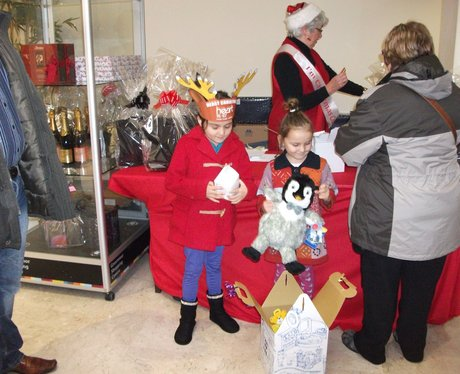 Grosvnenor Shopping Centre Christmas Crackers