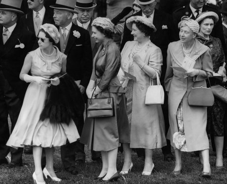 1958: Girls Day Out