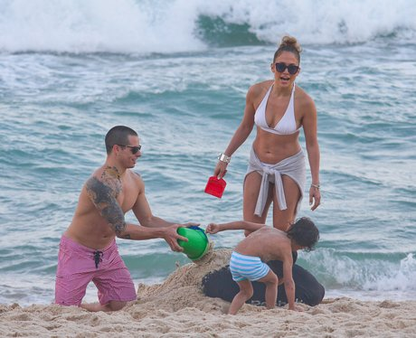 J-Lo and kids on beach