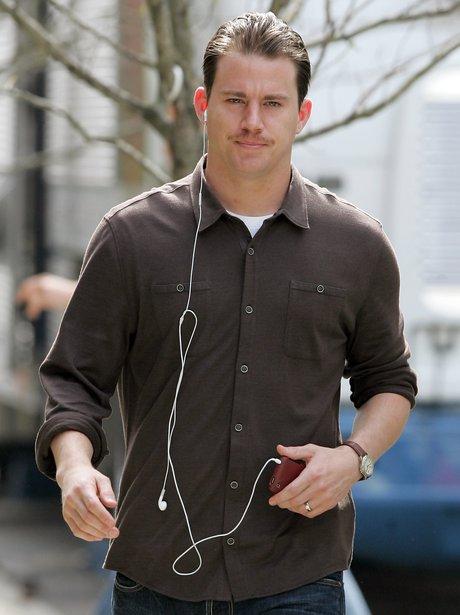 Channing Tatum with ipod