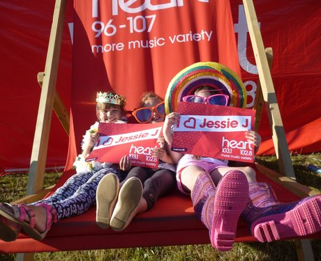 Jessie J - The Giant Deckchair