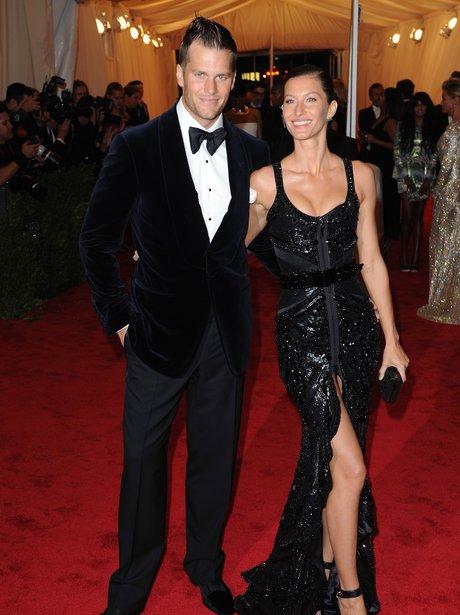 The Top 21 Richest Celebrity Couples = Net Worth 4.1 Billion