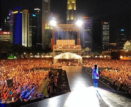Rihanna Singapore Grand Prix 2013