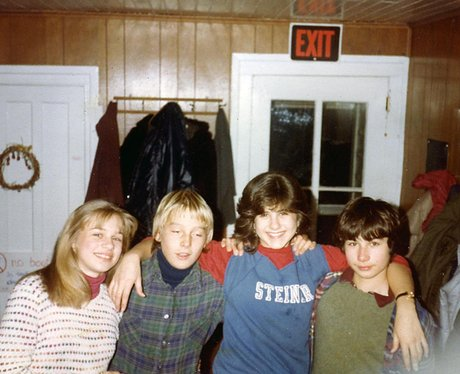A young Jennifer Aniston hangs with friends.