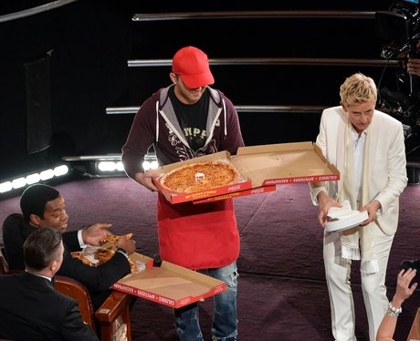 Ellen DeGeneres with Pizza at the Oscars 2014