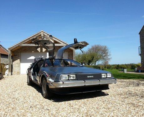 DeLorean front end