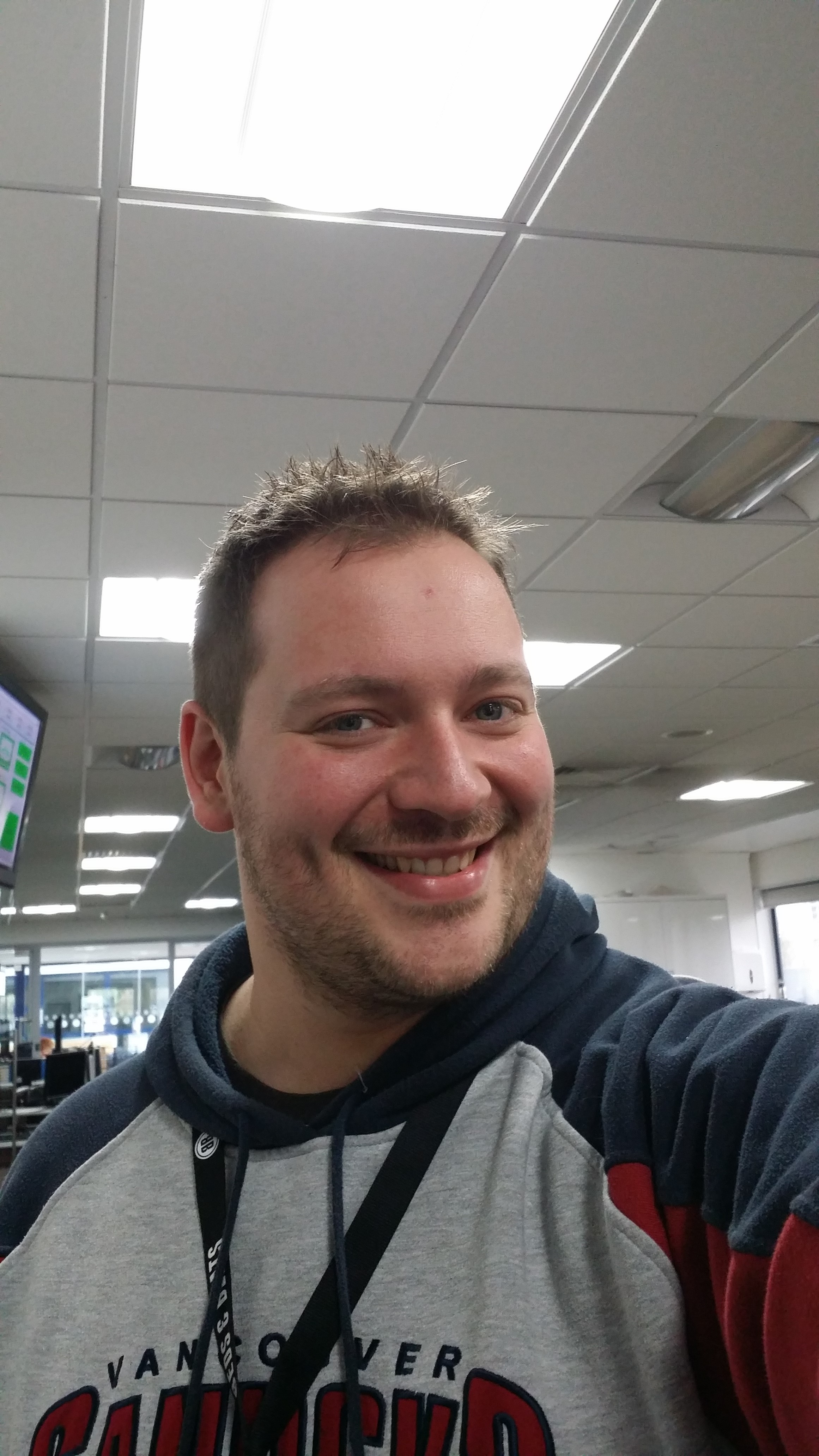 Heart North West Drive Presenter Oli - Selfie