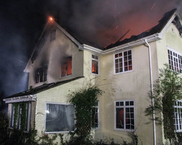 Fordingbridge Home Destroyed By Fire Heart Hampshire