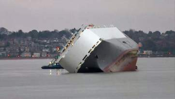 Hoegh Osaka listing in Solent