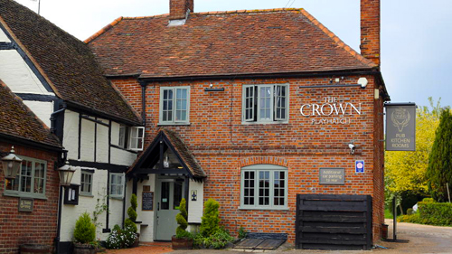 The Crown in Playhatch
