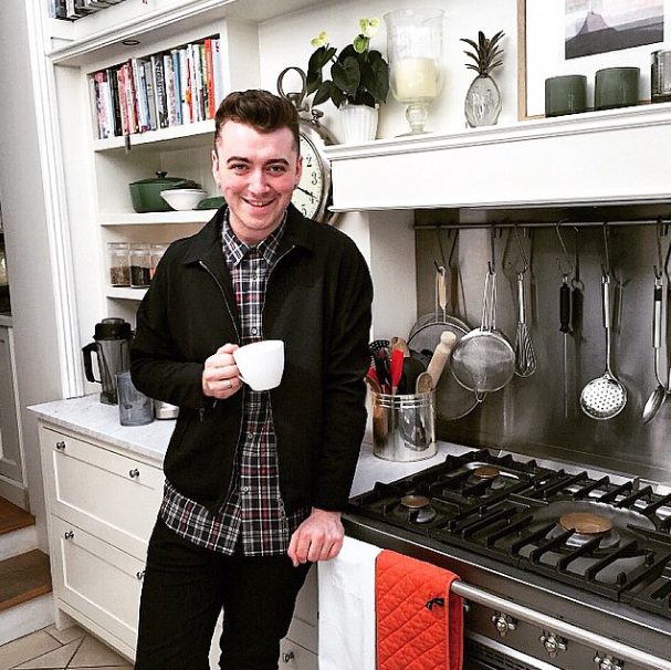 Sam Smith drinking tea