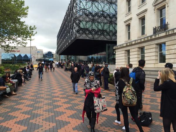 Queue at Library of Birmingham
