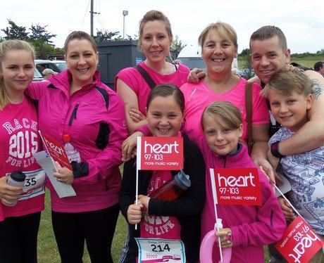 Newbury Race For Life: Ladies In Pink