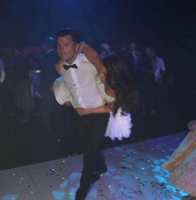Mark Wright And Michelle Keegan Rock Out On Dancefloor In NEW Wedding Pictures