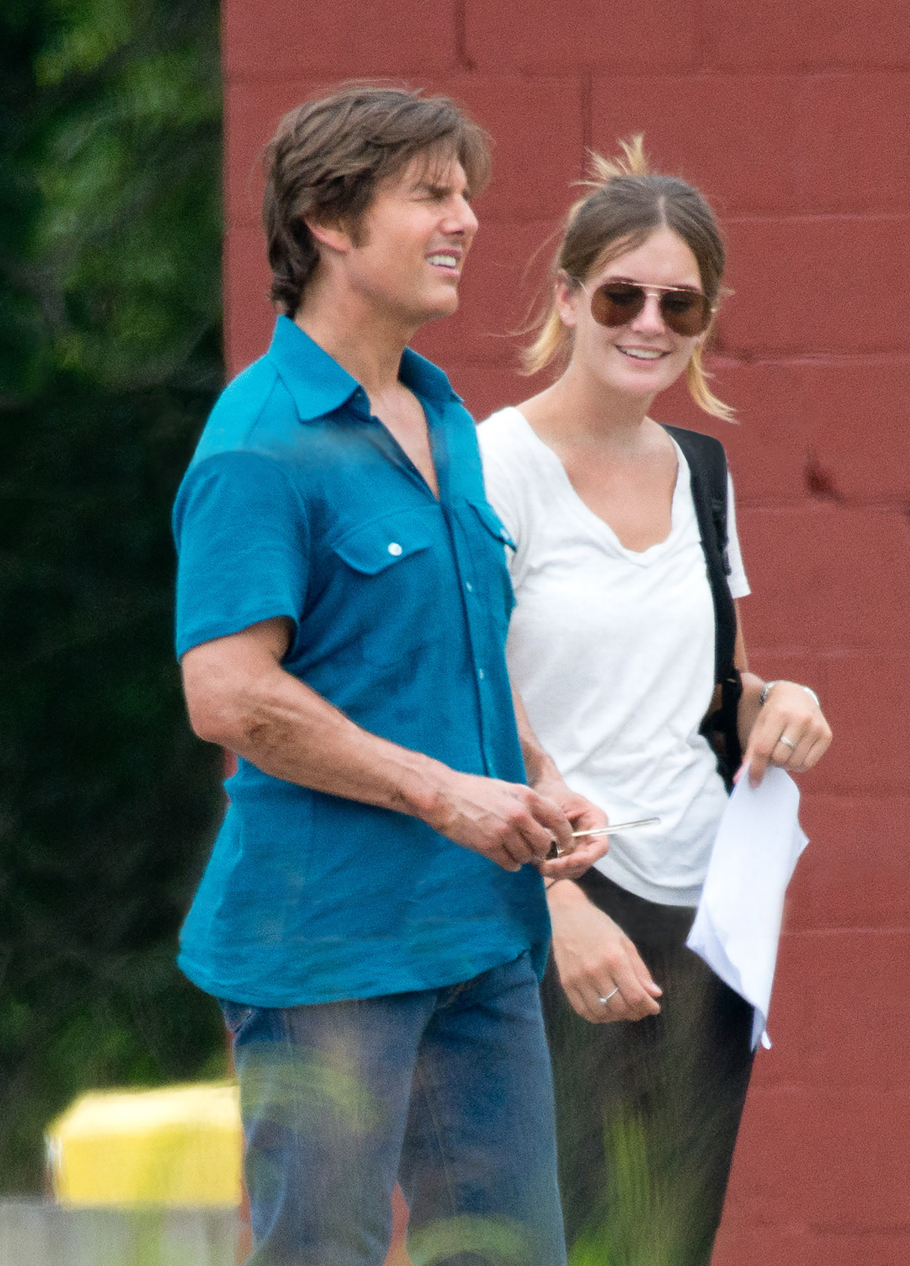 Tom Cruise seen her with new girlfriend