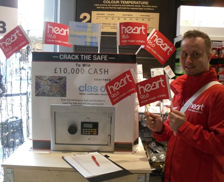 Crack the Safe at Clas Ohlson