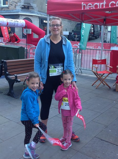 A mum and two daughters before the race.