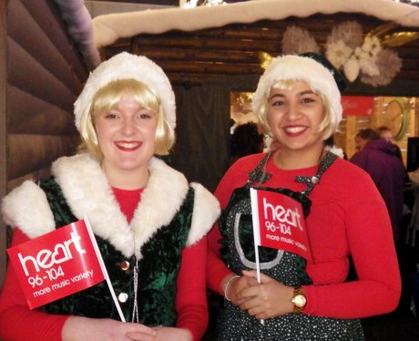 Centre:mk Christmas Light Switch On 2015