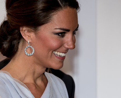Kate middleton 39 s jewellery box how to dress like a for Princess diana jewelry box