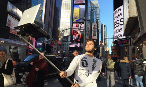 Macbook selfie sticks