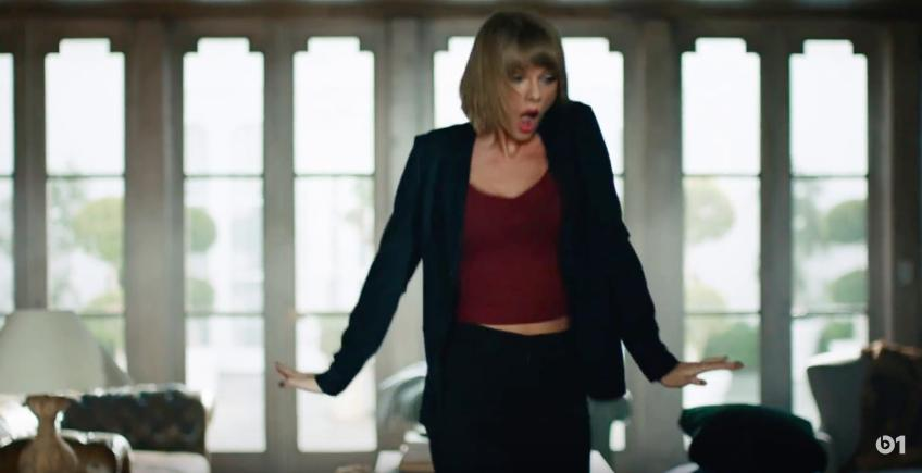 Taylor Swift Dance Like No-One's Watching