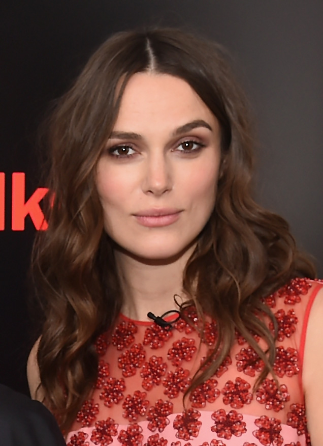 Keira Knightley smoky eye