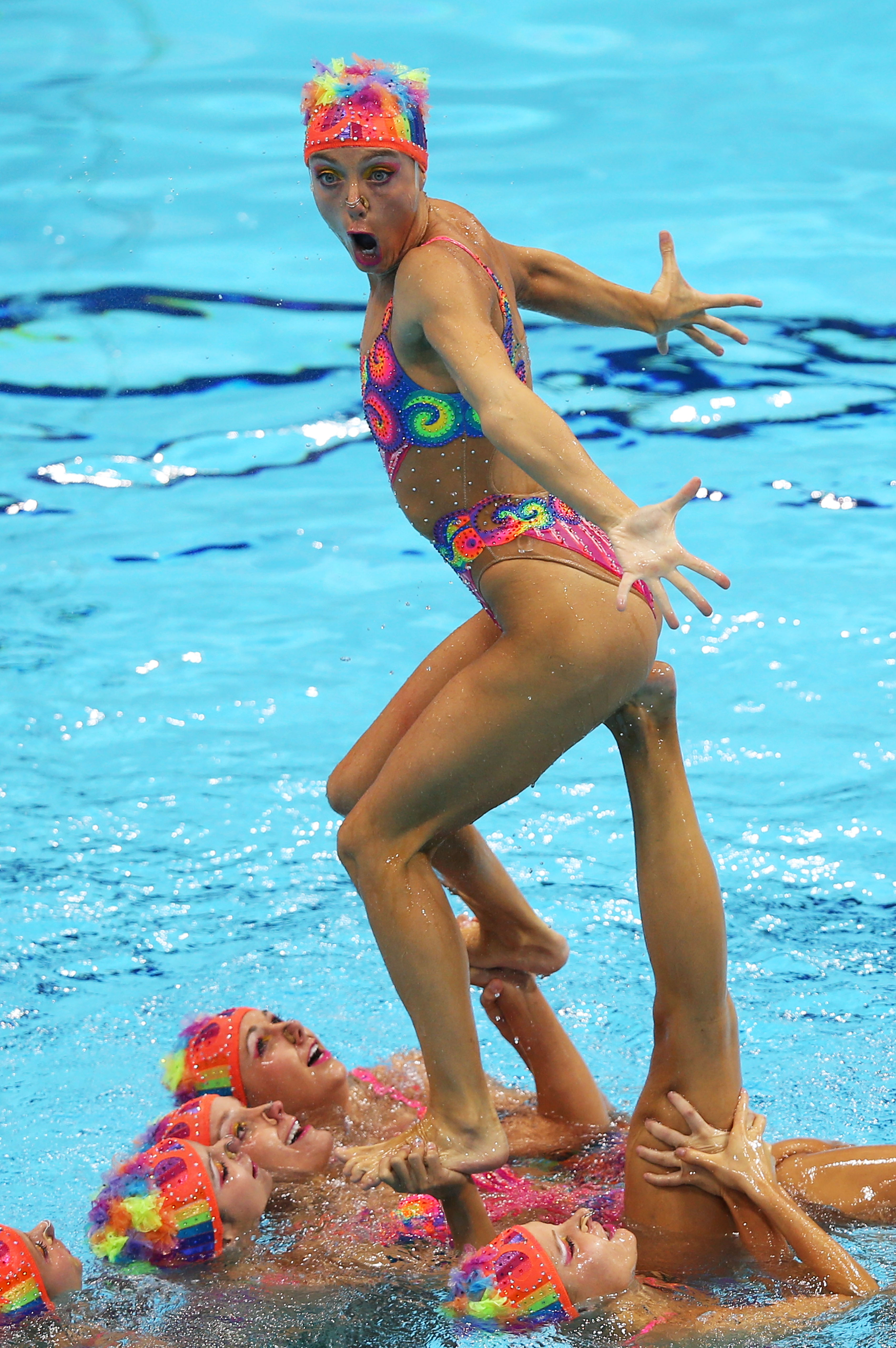 funny synchronised swimming