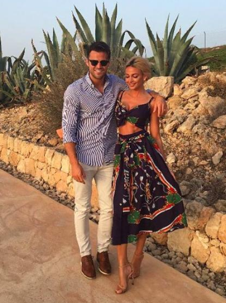 Mark Wright and Michelle Keegan romantic dinner da