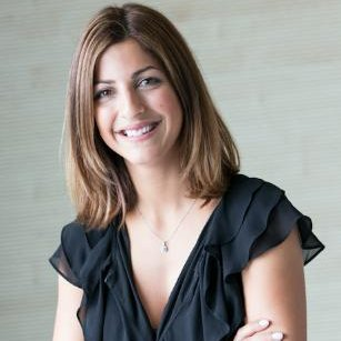 Tara Derakashan profile picture
