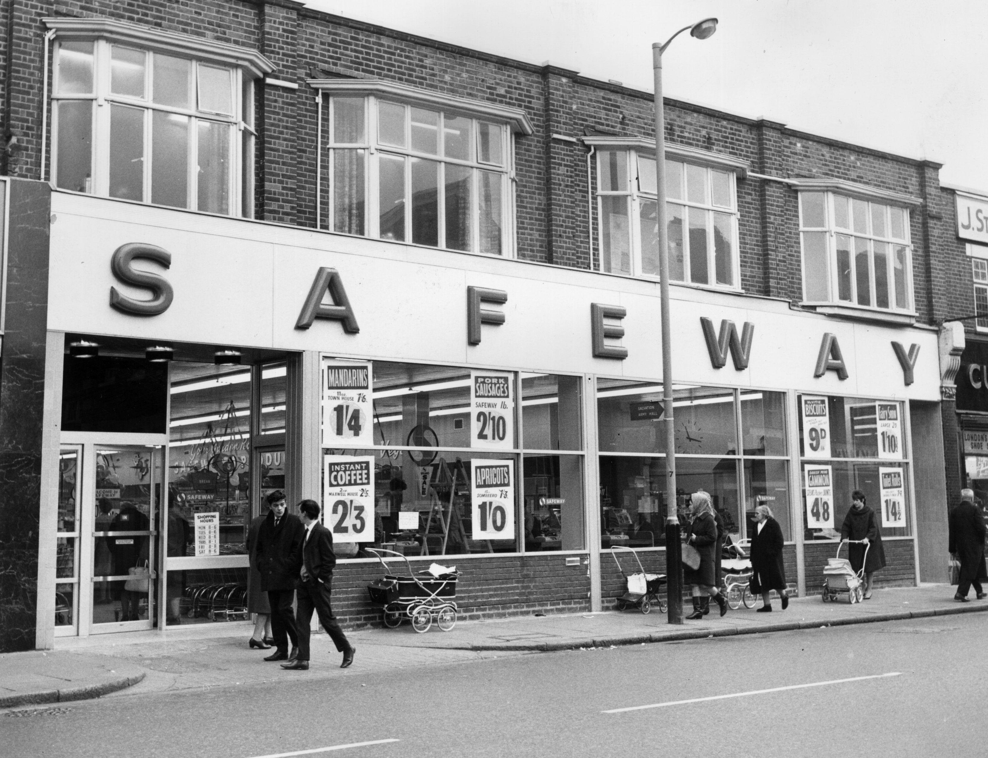 Safeway Circa 1960 in East Ham