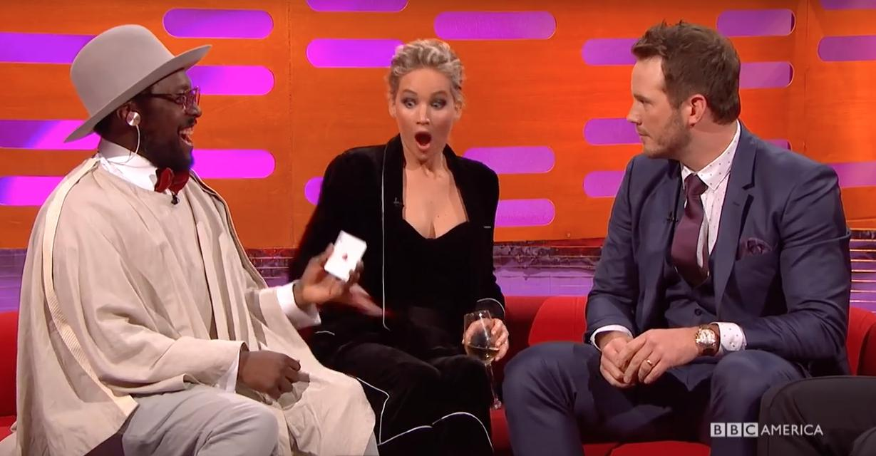 Jennifer Lawrence shocked face Chris Pratt magic t