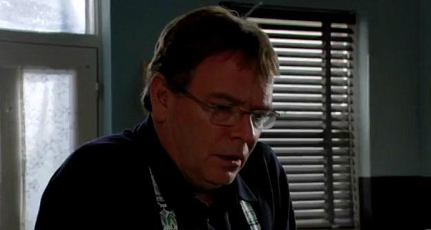 Ian Beale Eastenders Christmas Trailer