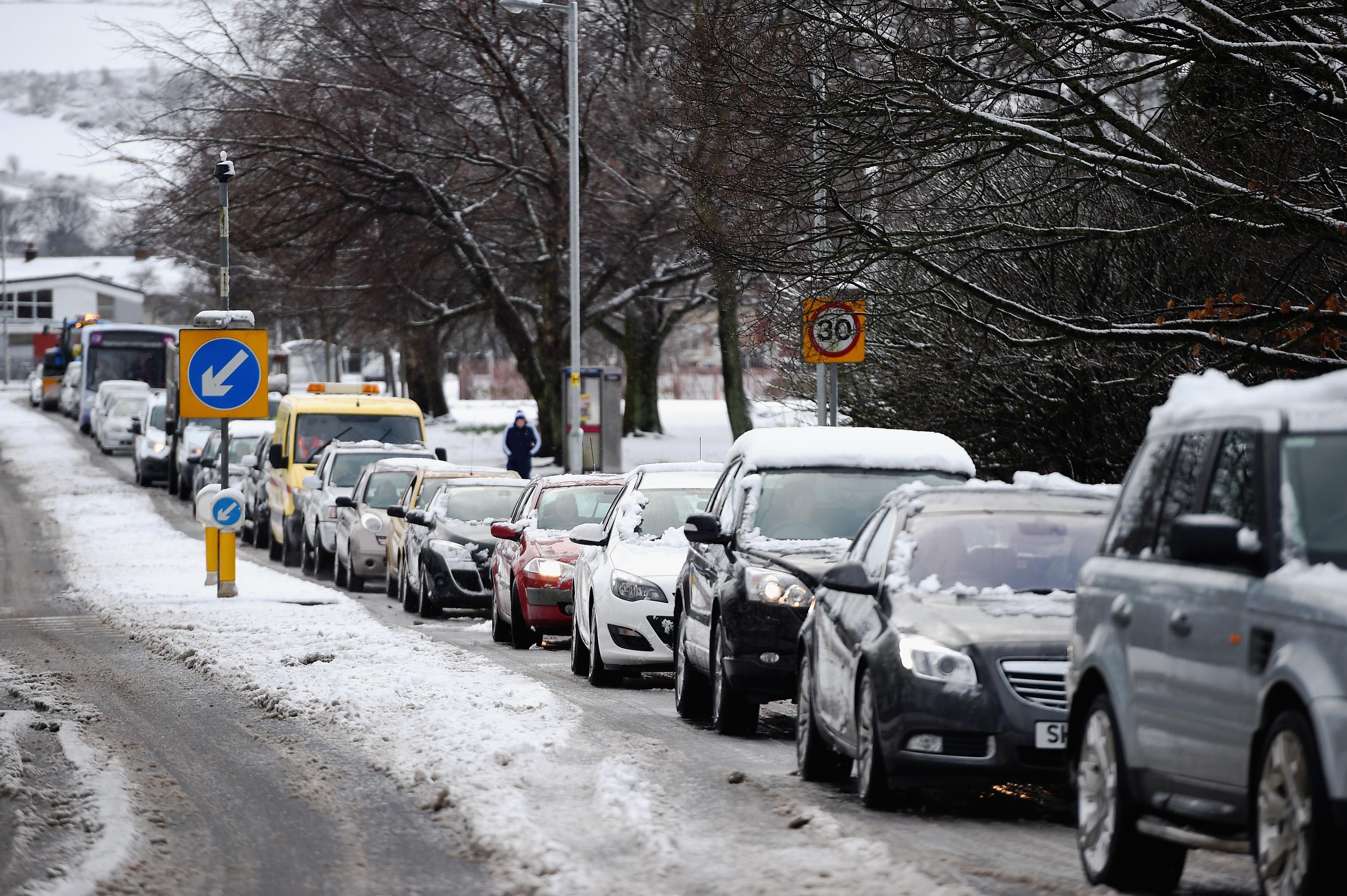 Balloch traffic snow