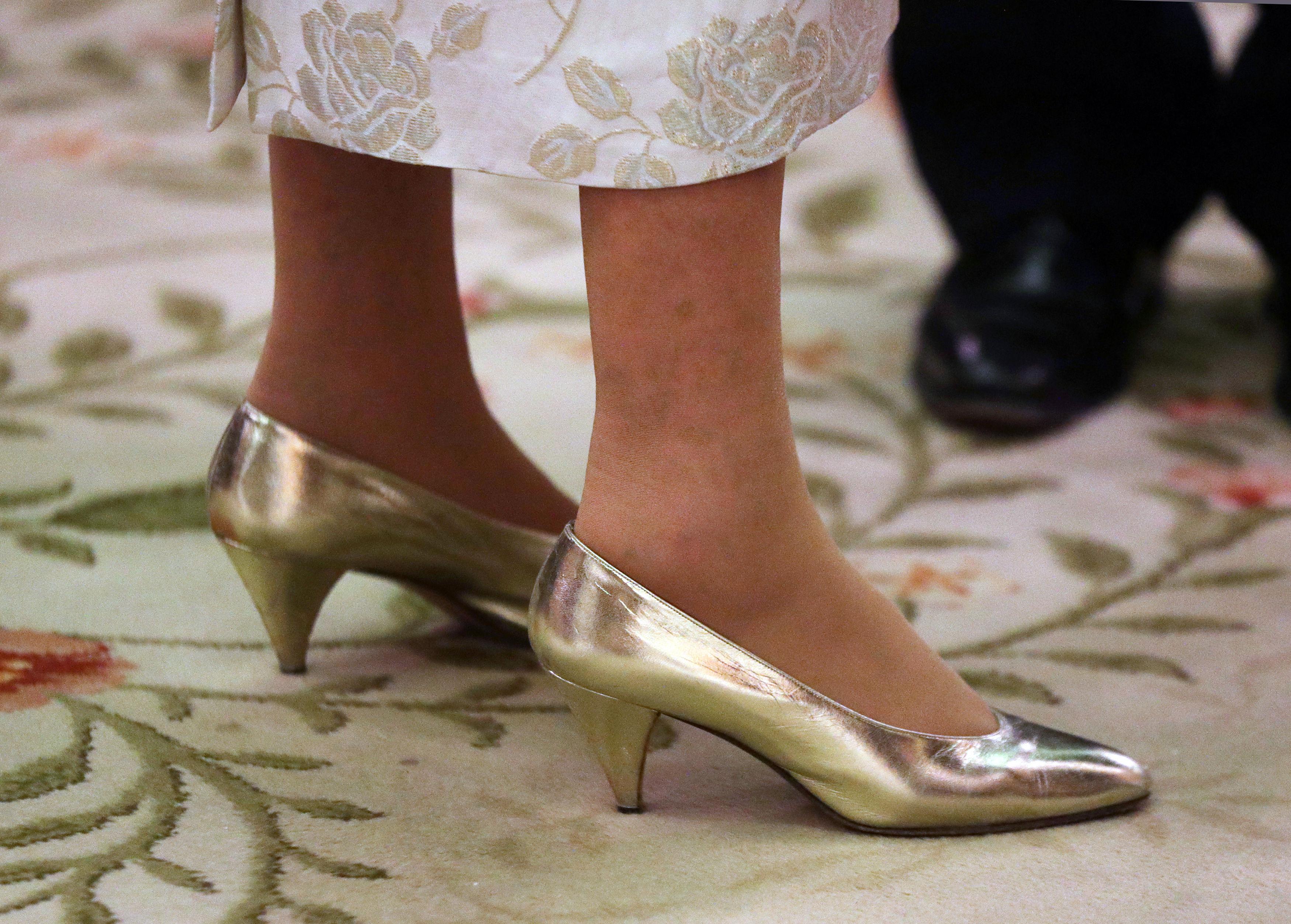 Queen Elizabeth's shoes