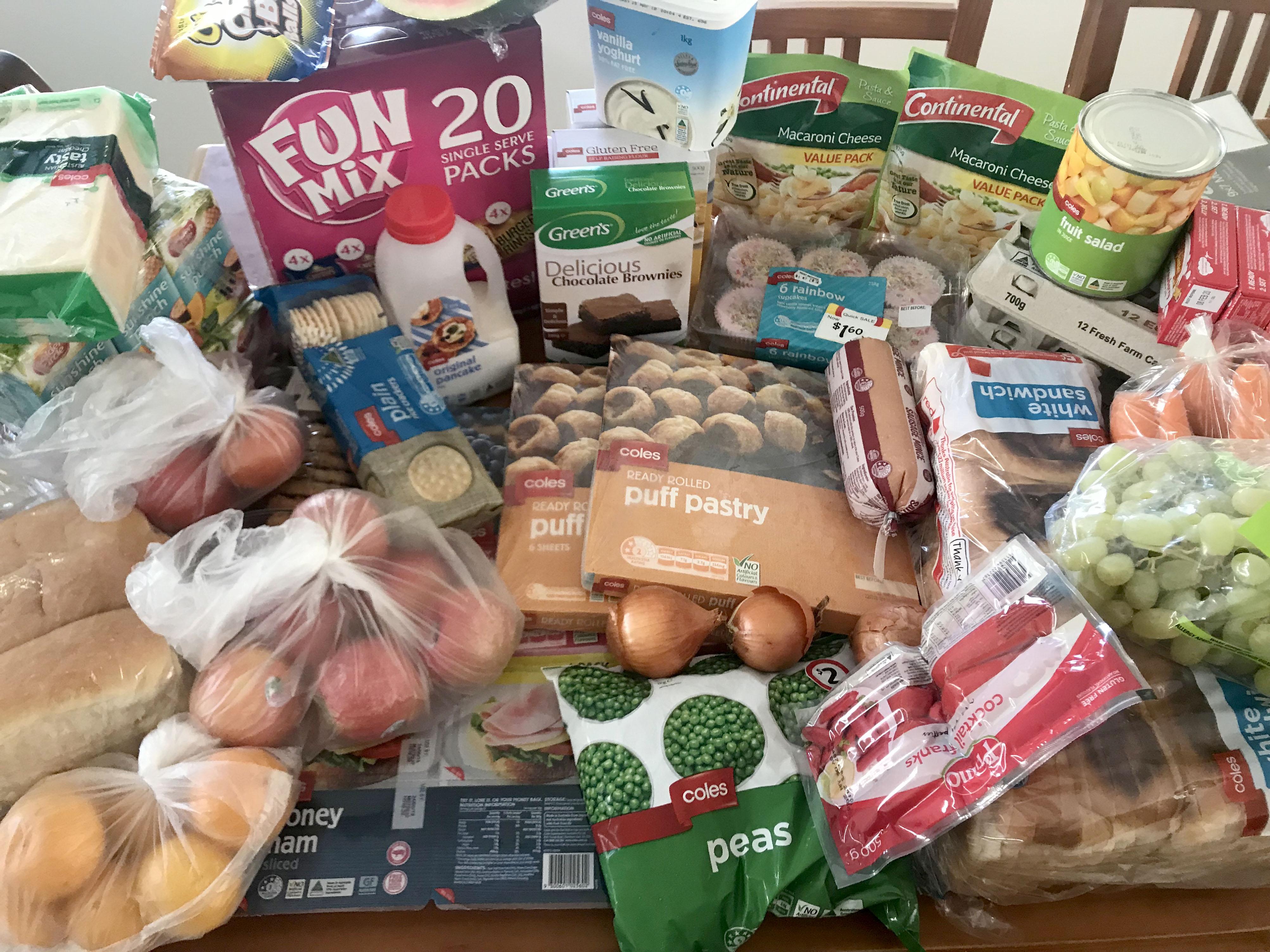 Mum feeds family for £8