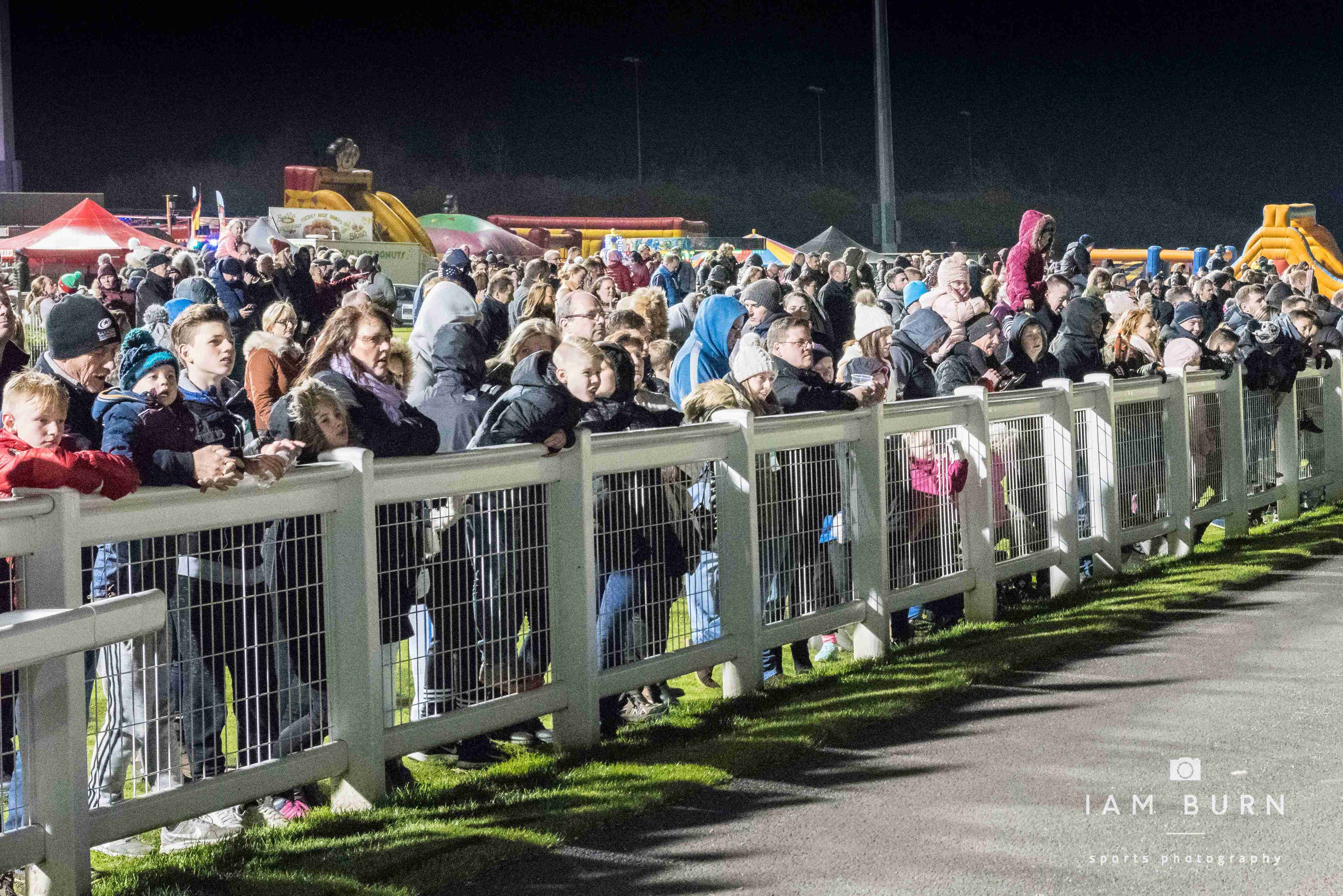 Crowd at the Racecourse
