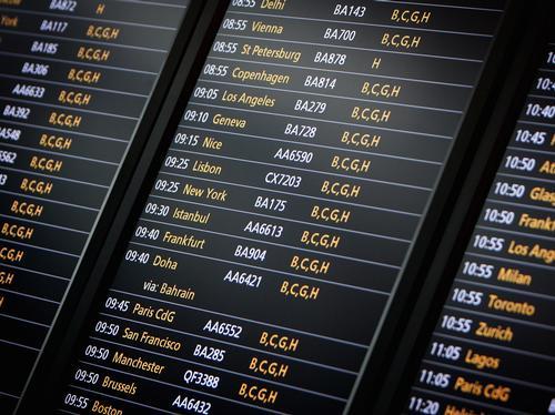 departure boards at heathrow T5