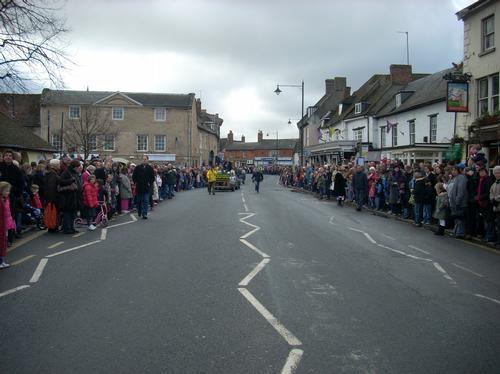Crowds in Olney