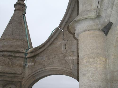 Cabot Tower Cracks