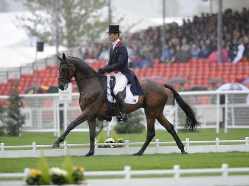 William Fox-Pitt riding Seacookie in the dressage