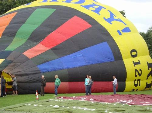 Balloons over Basingstoke in Pictures