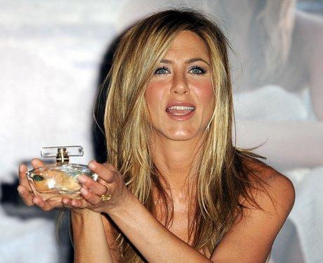 Jennifer Aniston launches new perfume Lovalie