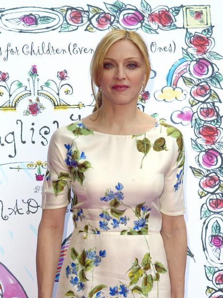 Madonna launches The English Rose childrens book
