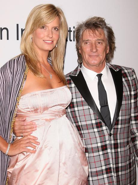 Pregnant Celebrities : Penny Lancaster