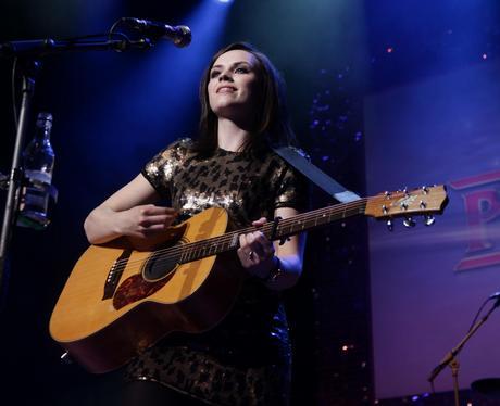 amy macdonald pinktober charity concert