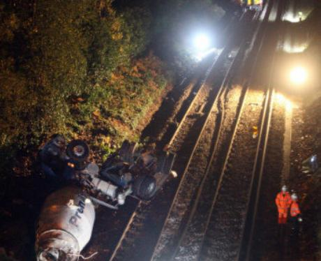 Pictures from Oxshott Train Crash