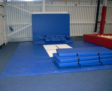 Trampoline in the Dry Diving Area