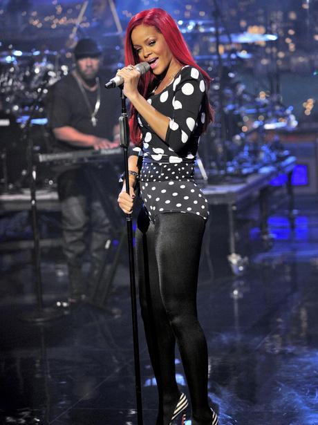 Rihanna Rihanna 39 S Skimpy Fashion Heart