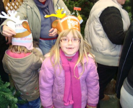 Santa Arrives by Helicopter into Yarnton Nurseries